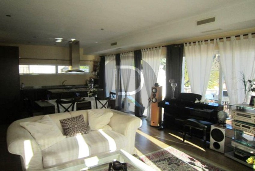 beautiful-villa-calpe-for-sale-livingroom