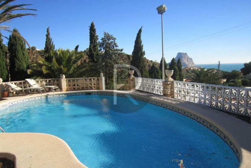 beautiful-villa-calpe-for-salepool