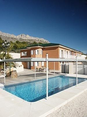 big-finca-in-altea-pool-and-house