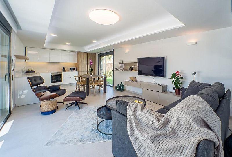 modern-newbuild-villa-in-benidorm-livingarea