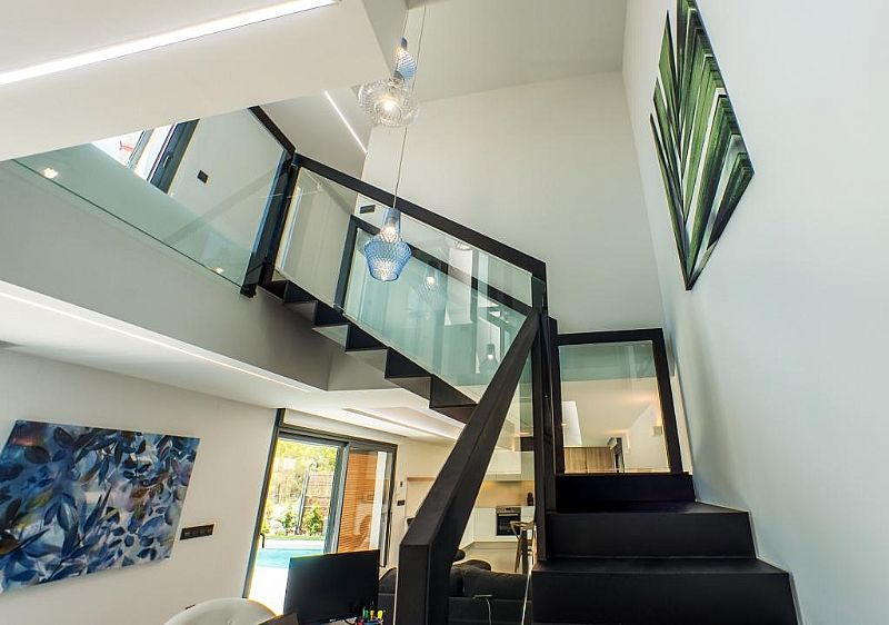 modern-newbuild-villa-in-benidorm-stairs