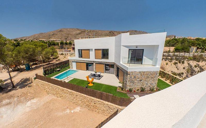 modern-newbuild-villa-in-benidorm