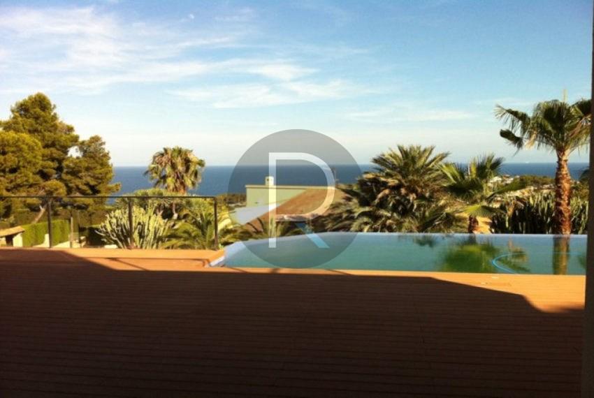 new-modern-villa-in-moraira-pool