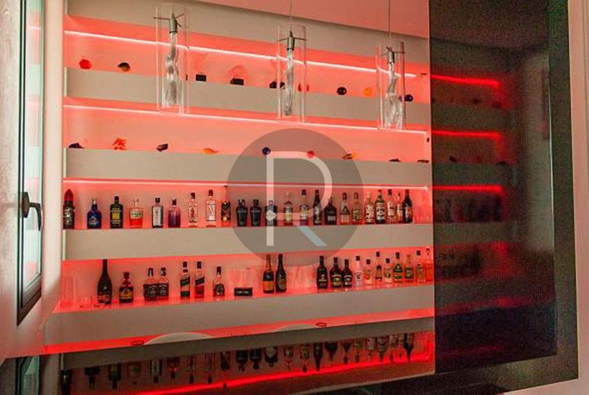 luxury-villa-benidorm-for-sale-bar
