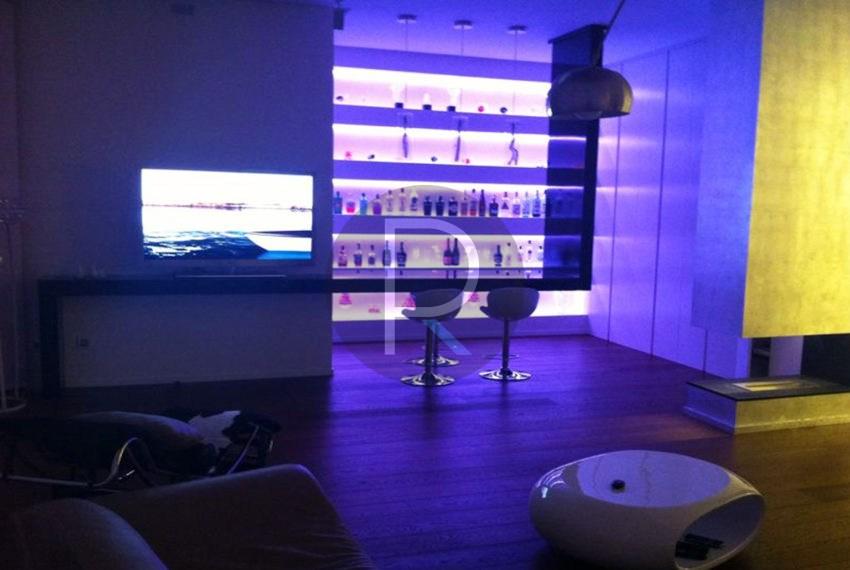 luxury-villa-benidorm-for-sale-bar-light