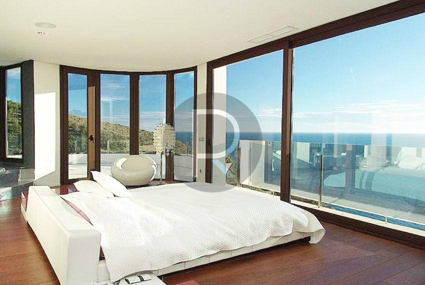 luxury-villa-benidorm-for-sale-bedroom