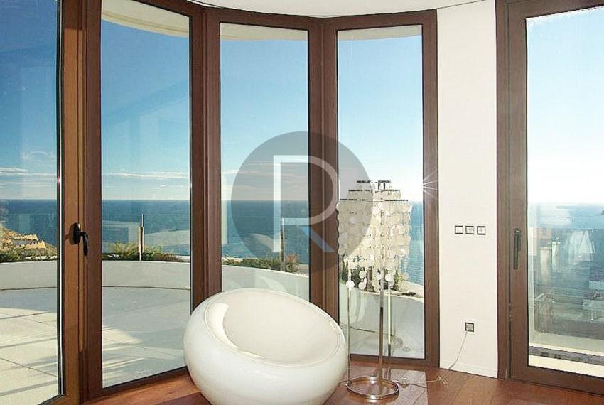luxury-villa-benidorm-for-sale-bedroom2.0