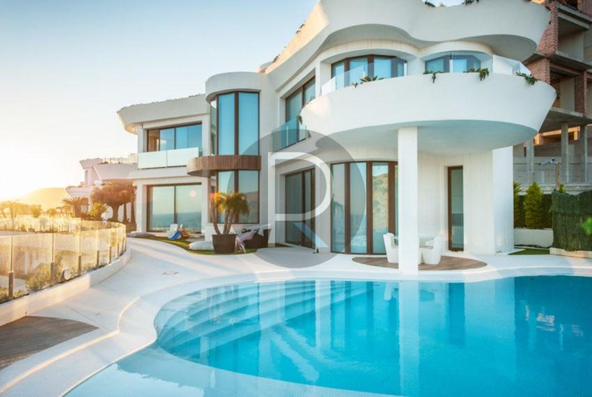luxury-villa-benidorm-for-sale-frontview
