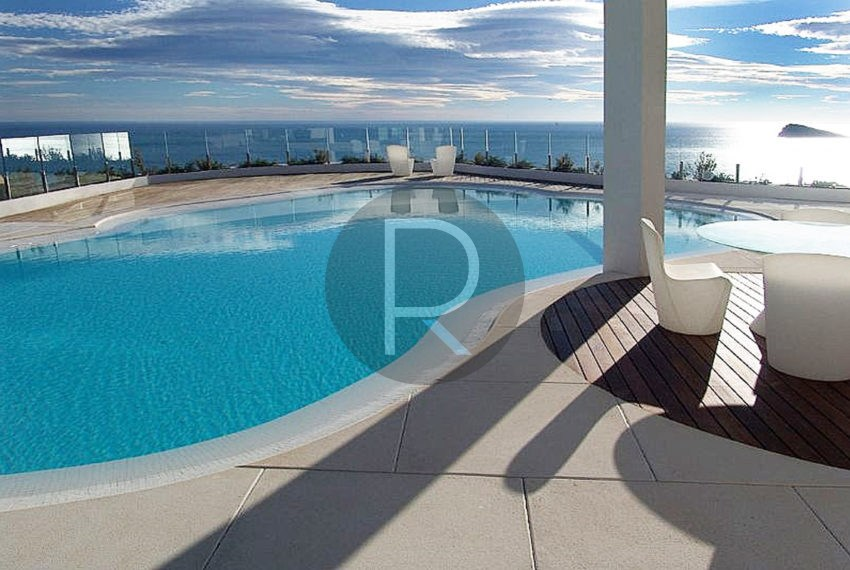 luxury-villa-benidorm-for-sale-pool