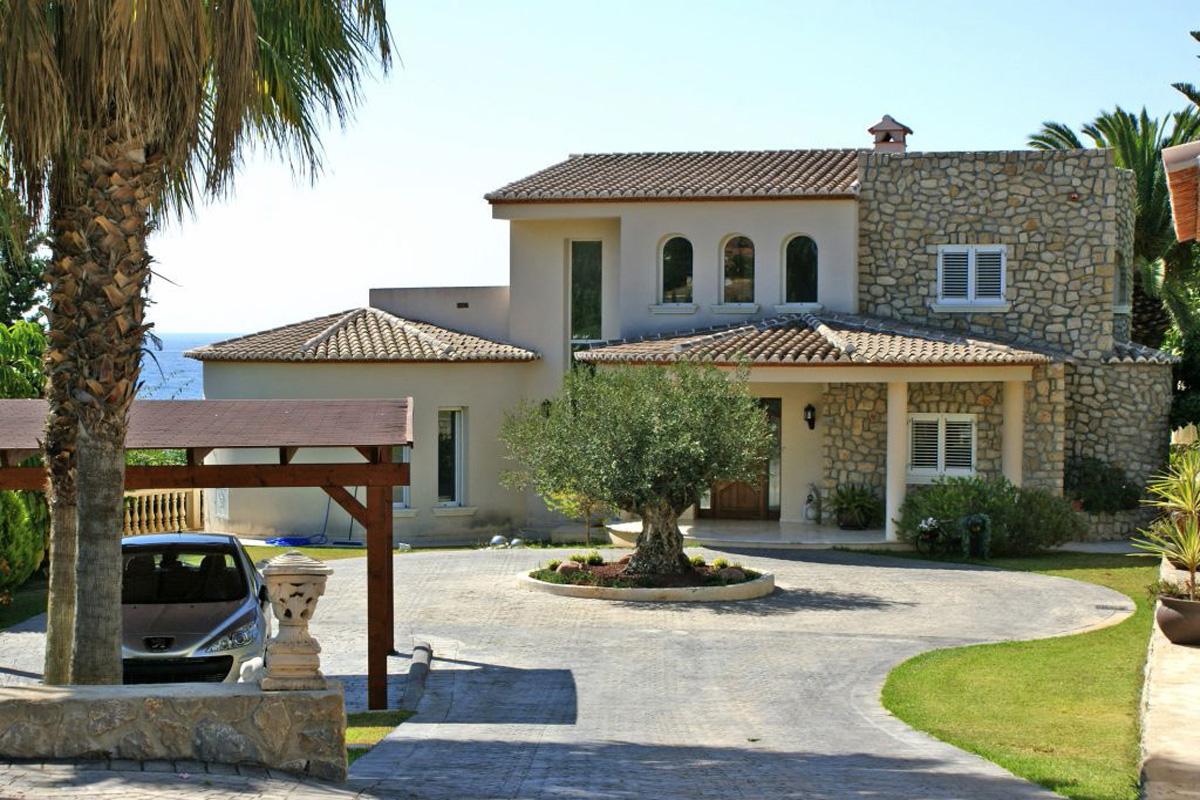 Property For Sale In Cala De Finestrat
