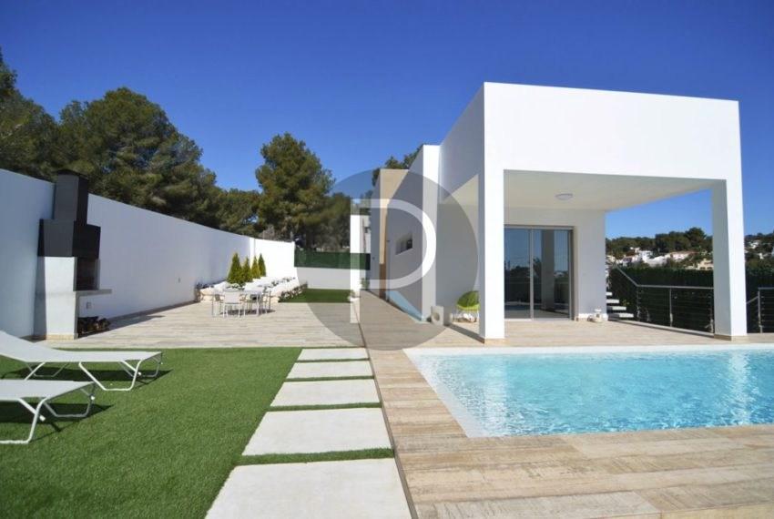 Front Fachade Villa Espica02