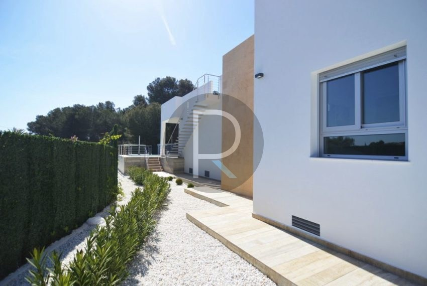 Side Fachade Villa Espica02