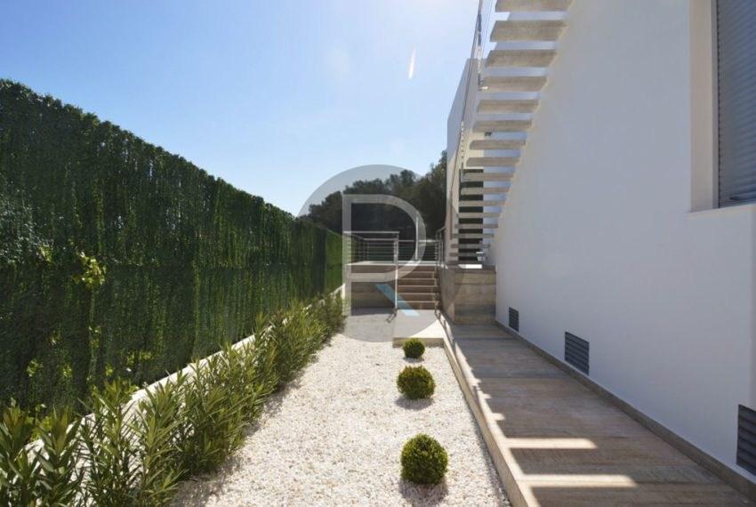 Side Fachade Villa Espica03