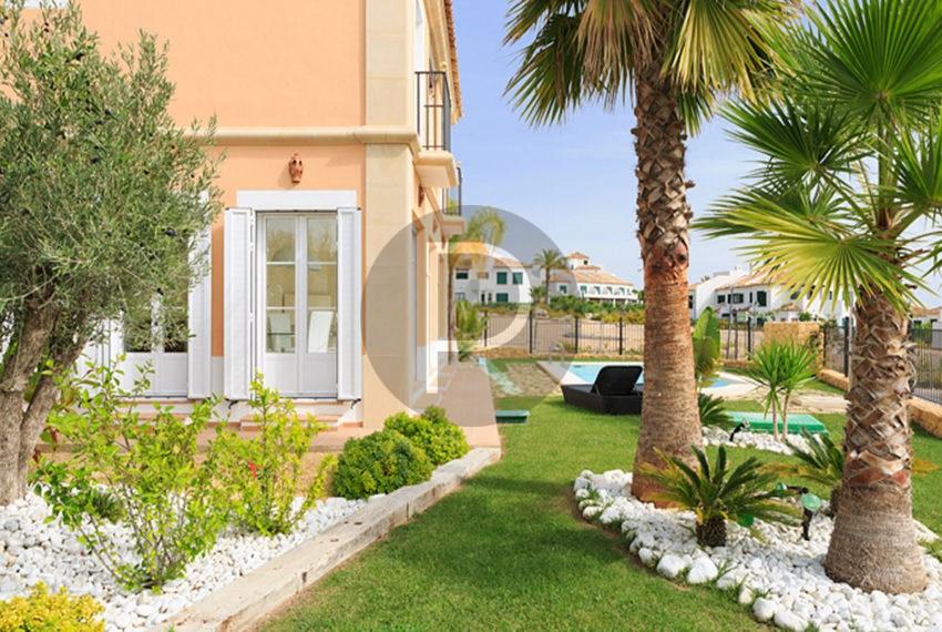 galeria-principal-los-arcos-iii-villas-sierra-cortina-jardin_1-es