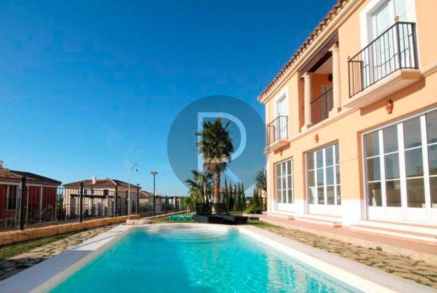 galeria-principal-los-arcos-iii-villas-sierra-cortina-vista-piscina-1-es