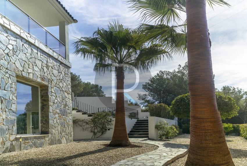 luxury-villa-altea-for-sale-garden3
