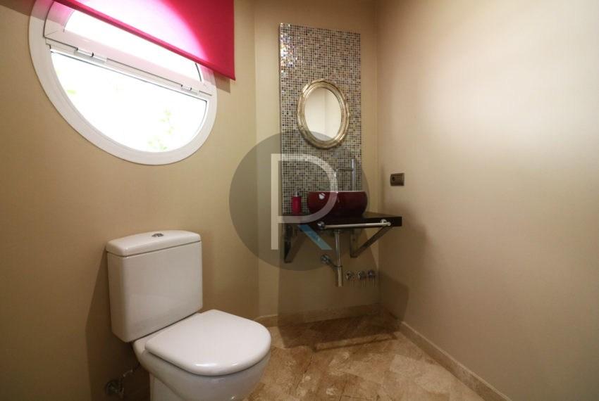 luxury-villa-altea-for-sale-guesttoilett