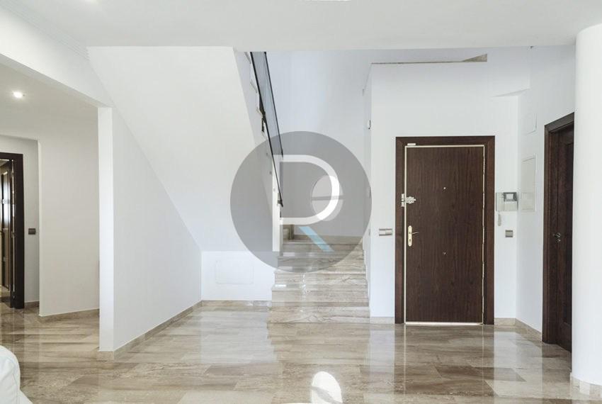 luxury-villa-altea-for-sale-houseentrance