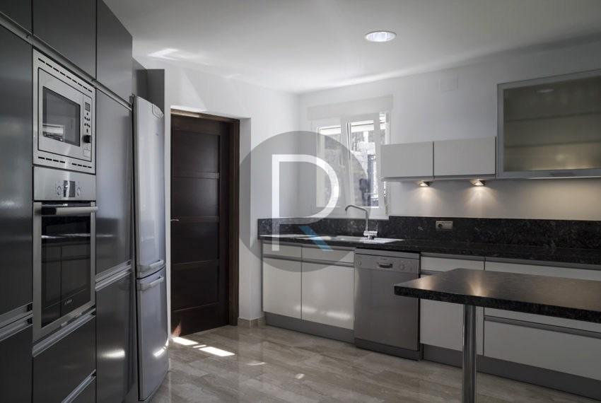 luxury-villa-altea-for-sale-kitchen2