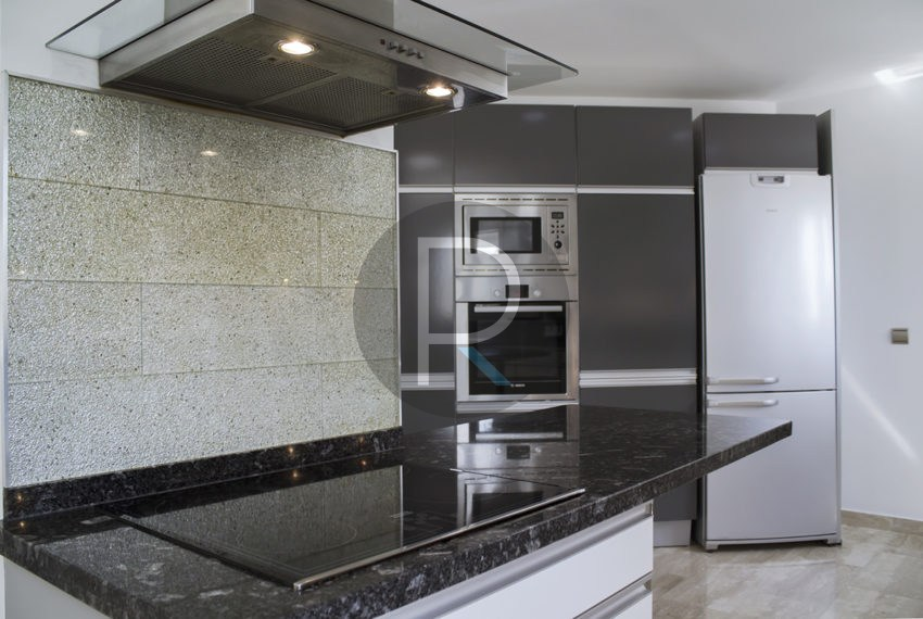 luxury-villa-altea-for-sale-kitchen3