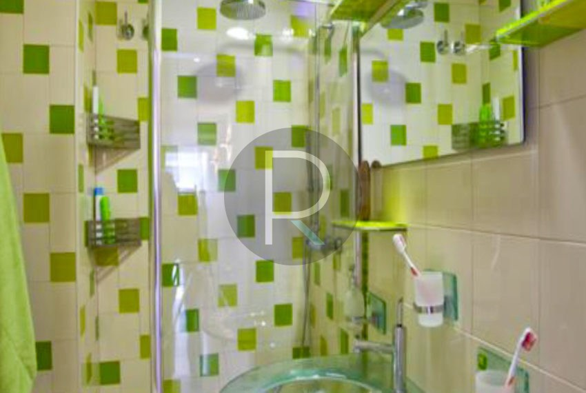 villa-first-sealine-oliva-for-sale-bathroom2