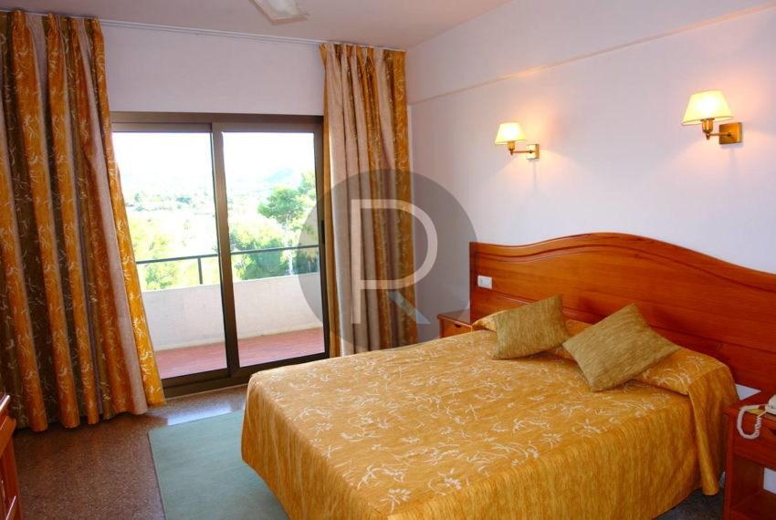 hotel-in-moraira-costa-blanca-bedroom