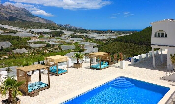 Villa mit Blick auf der Costa Blanca