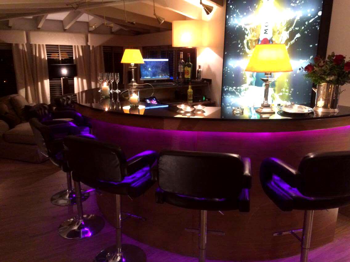Exclusive luxury villa on a plot of 2.516 m2 in Altea