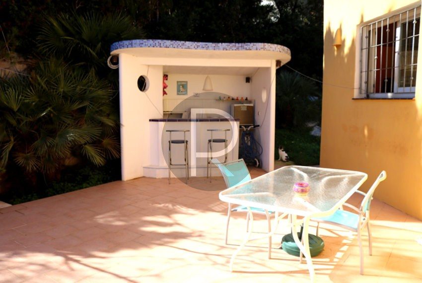 lovely-house-in-javea-bbq-area