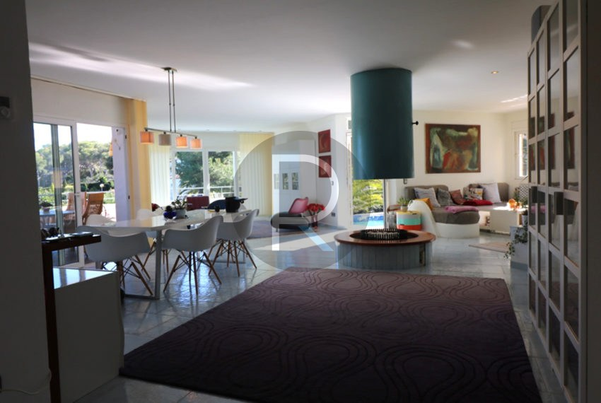 lovely-house-in-javea-big-living-and-dining-room