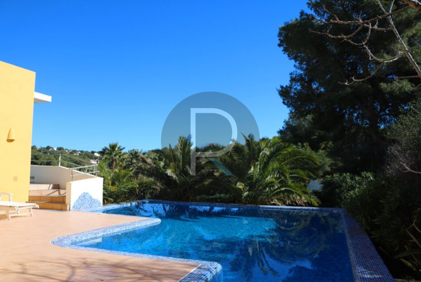 lovely-house-in-javea-pool