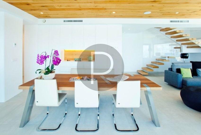 modern-luxury-villa-with-stunning-seaview-in-benitachell--diningarea