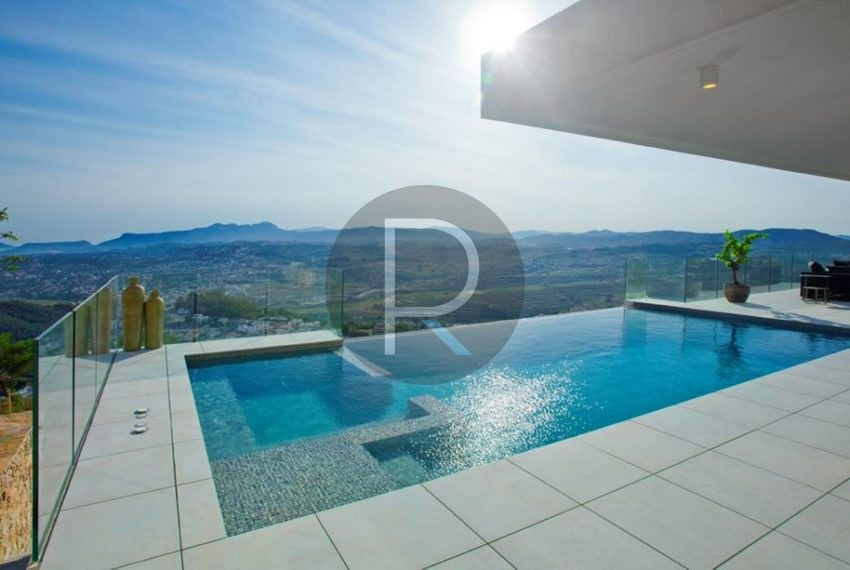 modern-luxury-villa-with-stunning-seaview-in-benitachell-poolterrace