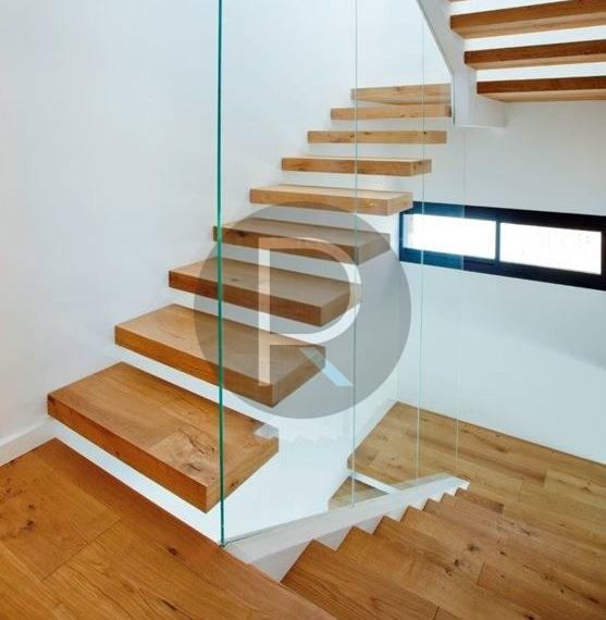 modern-luxury-villa-with-stunning-seaview-in-benitachell-stairs