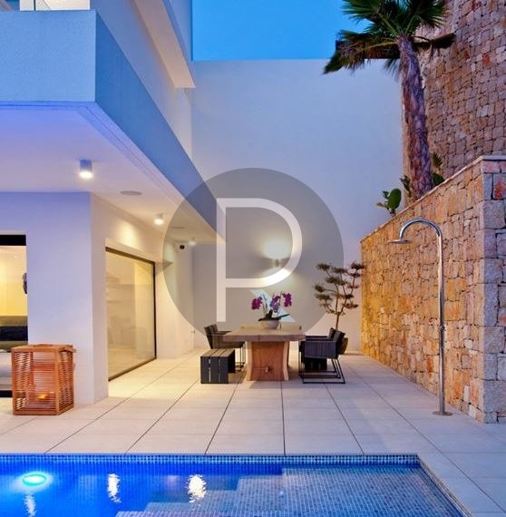 modern-luxury-villa-with-stunning-seaview-in-benitachell-terrace