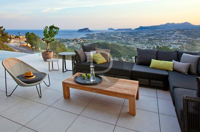 modern-luxury-villa-with-stunning-seaview-in-benitachell-terrace-with-view
