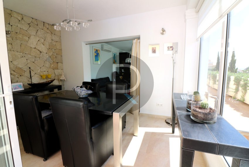 beautiful-cozy-house-in-calpe-near-the-beach-and-the-citycentre-poolterrace-poolarea-diningarea