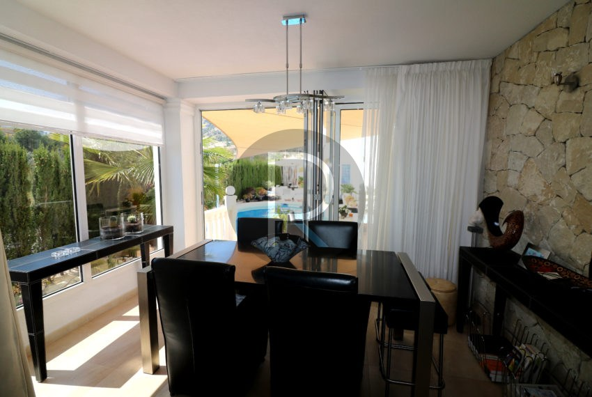 beautiful-cozy-house-in-calpe-near-the-beach-and-the-citycentre-poolterrace-poolarea-diningarea-with-terrace