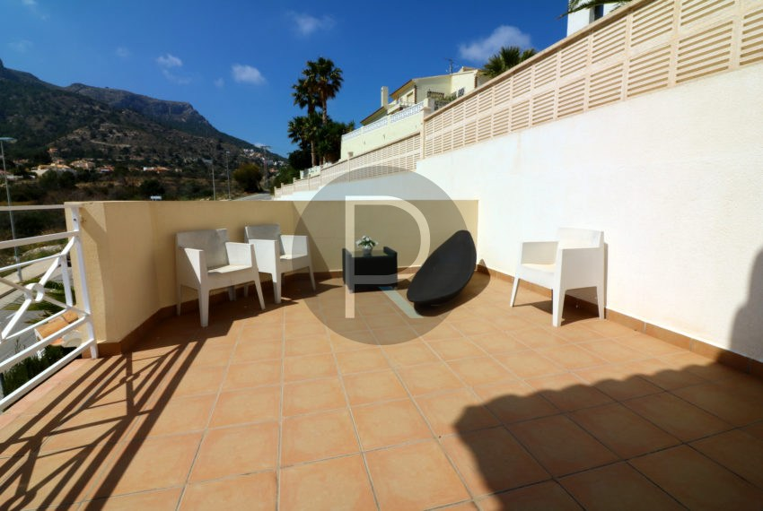 beautiful-cozy-house-in-calpe-near-the-beach-and-the-citycentre-poolterrace-poolarea-sunnyterrace