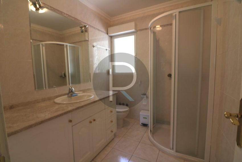 lovely-house-in-altea-near-the-beach-bathroom