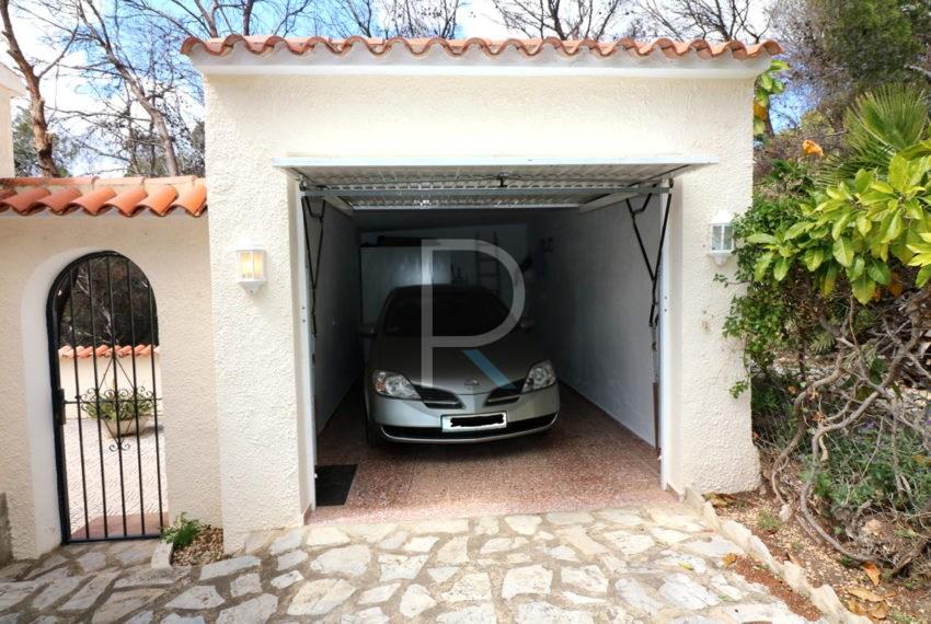 lovely-house-in-altea-near-the-beach-garage