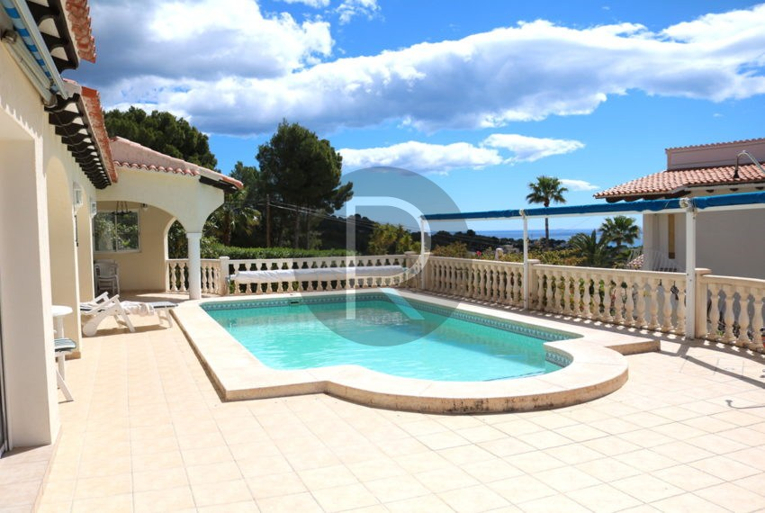 lovely-house-in-altea-near-the-beach-pool